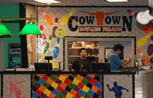 Cowtown Bowling.jpg.jpe