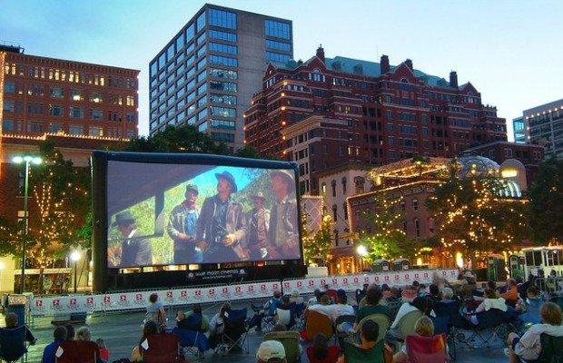 Movie Night in Sundance Square.jpg.jpe