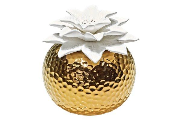 035-Style - Gold Gift Guide.jpg.jpe