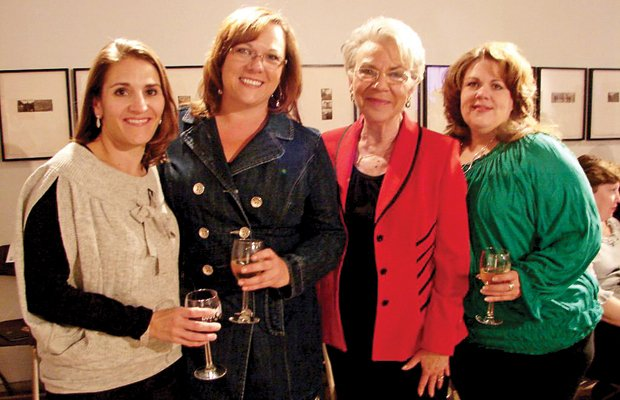 3Jennifer Carter, Gretchen Richards, Emily Grimes, Theresa McNeese  .jpg.jpe