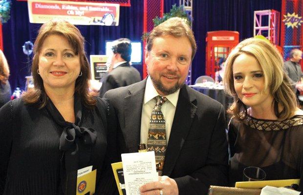 Tammye Gilreath, Dale Gilreath, Anna Vangoey .jpg.jpe