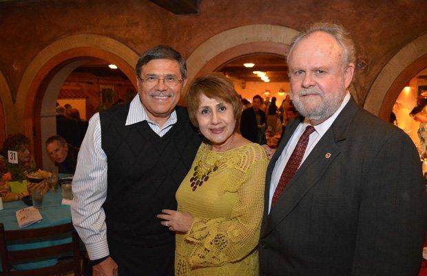 Alfred Saenz, Elia Saenz, Judge Brent Carr(1a).JPG.jpe