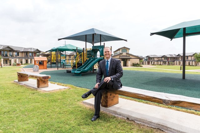 Mike Pavell, Bank of America Fort Worth market president