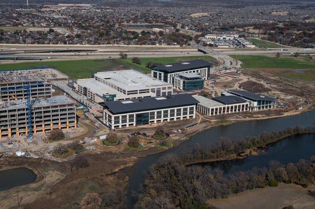 Schwab HQ construction.jpg
