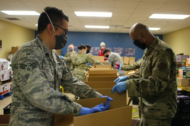 Texas Air National Guard Working to Help Food Bank