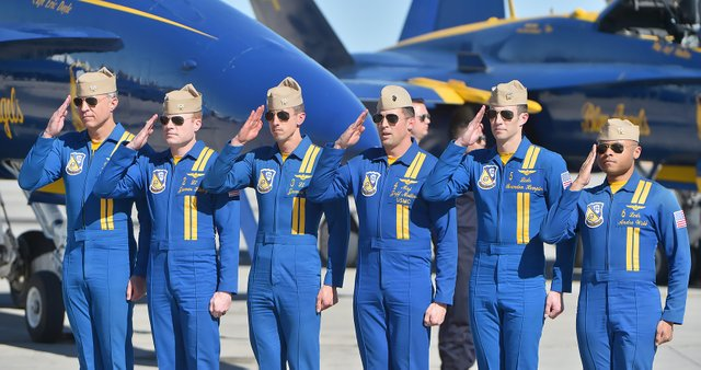 U.S Navy Blue Angels (2).jpg