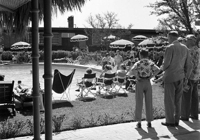 1955 Western Hills Hotel.jpg