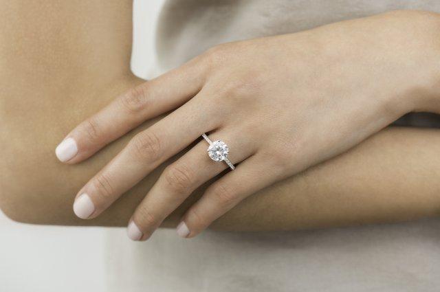 Charmant Ring.jpg