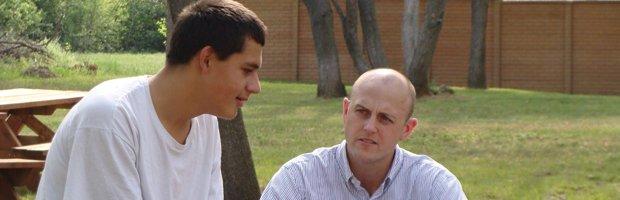 boys talking-topper.jpg.jpe