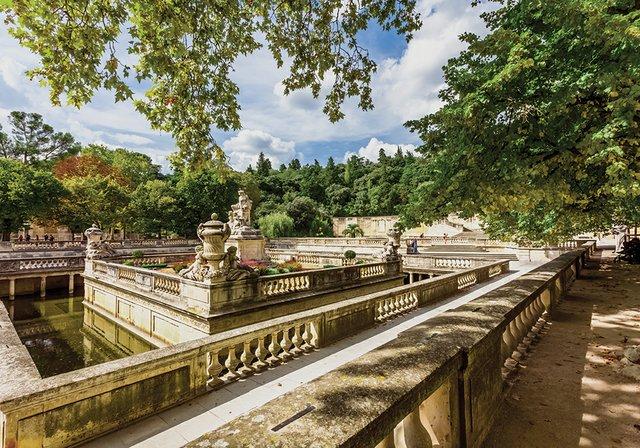 Les jardins de la Fontaine, Nîmes, Gard, France