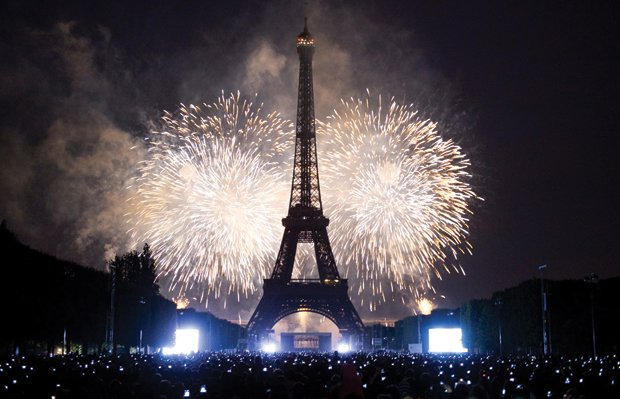 New_Years_Eve_paris.jpg.jpe