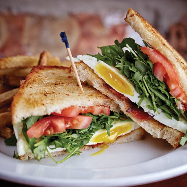 07Brewed - Fried Farm Egg Sandwich-011.jpg.jpe