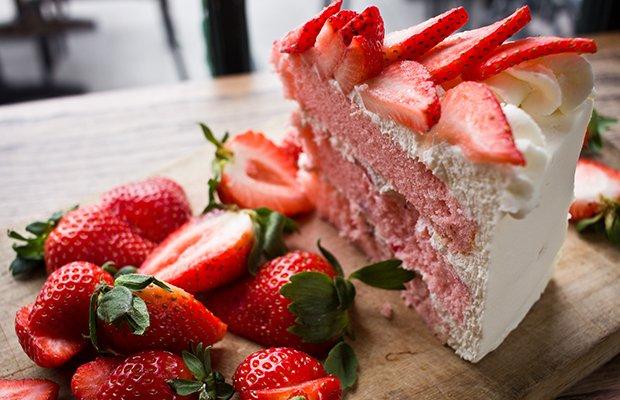 breadwinners_cake.jpg.jpe