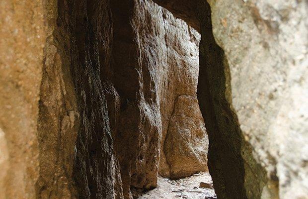 Rocks.jpg.jpe