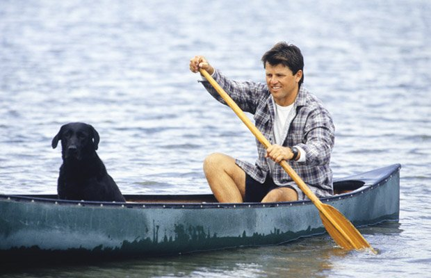 dog on kayak.jpg.jpe