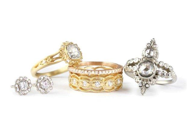 Venice Frame Ring