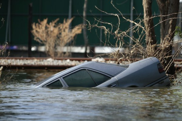 mercedes flooded-1.jpg.jpe