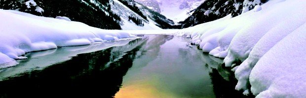 lake_louise_in_winter__banff_national_park__alberta__canada.jpg.jpe