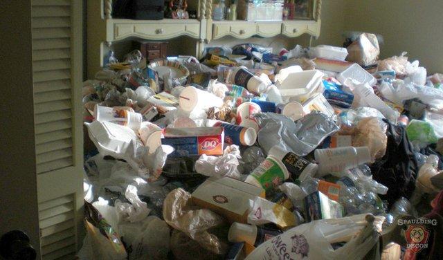 Trash-hoarder1.jpg.jpe